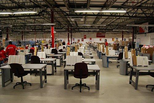 netflix distribution center jobs